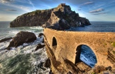 climb-the-steps-of-dragonstone-from-game-of-thrones